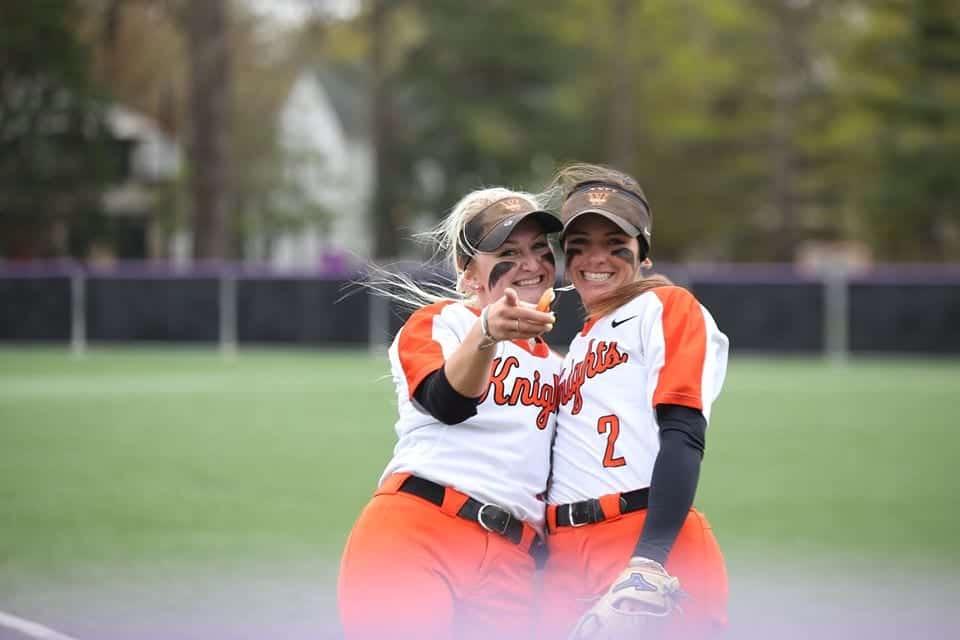 Wartburg Womans softball
